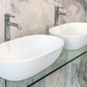 Thin-rim basins